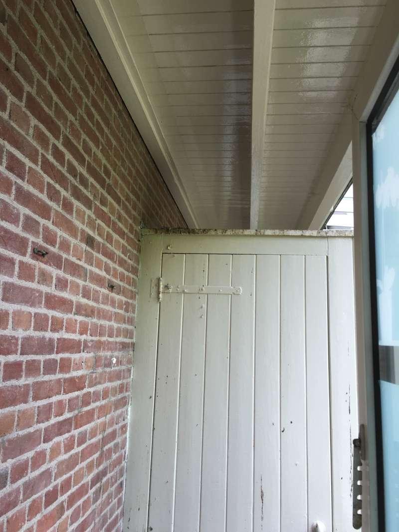 Balkon holzbretter reinigen kreative ideen f r for Innendekoration jobs
